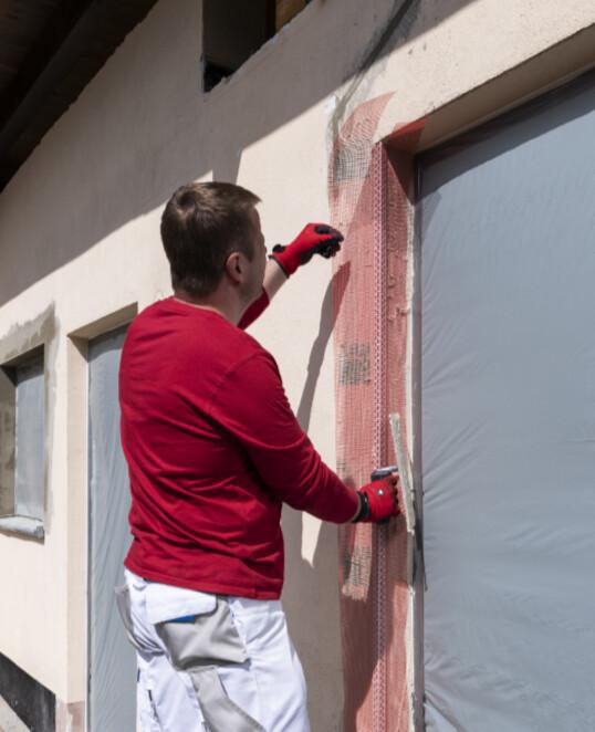 Gewebeeckwinkel an Außenecken von Fenstern und Türe verwenden